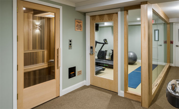 The Center Harbor Inn offers boutique amenities like our fitness center and large sauna.